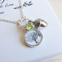 Sterling Silver Tree Illustration & Acorn Charm Necklace with Peridot