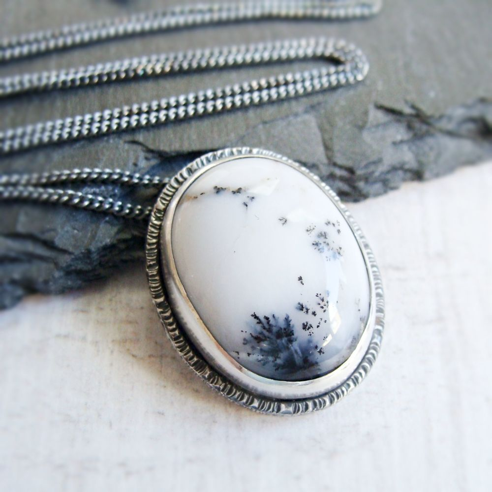 Sterling Silver Oval Dendritic Agate Pendant Necklace No.1 from the SSxGD c
