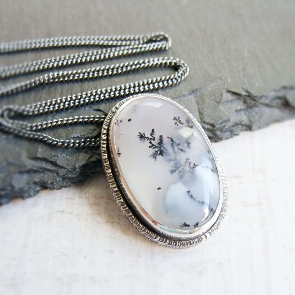 Sterling Silver Oval Dendritic Agate Pendant Necklace No.2 from the SSxGD c
