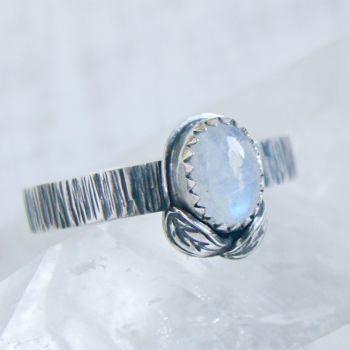 Sterling Silver Oval Moonstone Woodland Leaf Ring No.3 (Size R 1/2).