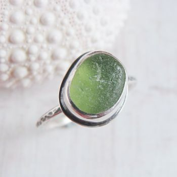 Sterling Silver Green Seaham Sea Glass Stacking Ring No.3 (Size M 1/2)