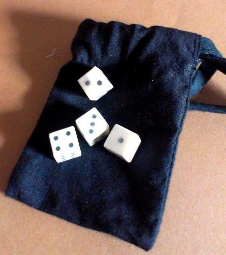 Later historic games set - four solid pip bone dice