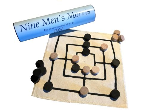 <!-- 001 -->Nine Men's Morris - Linen Board