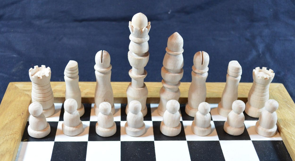 C18th-chess-white.jpg