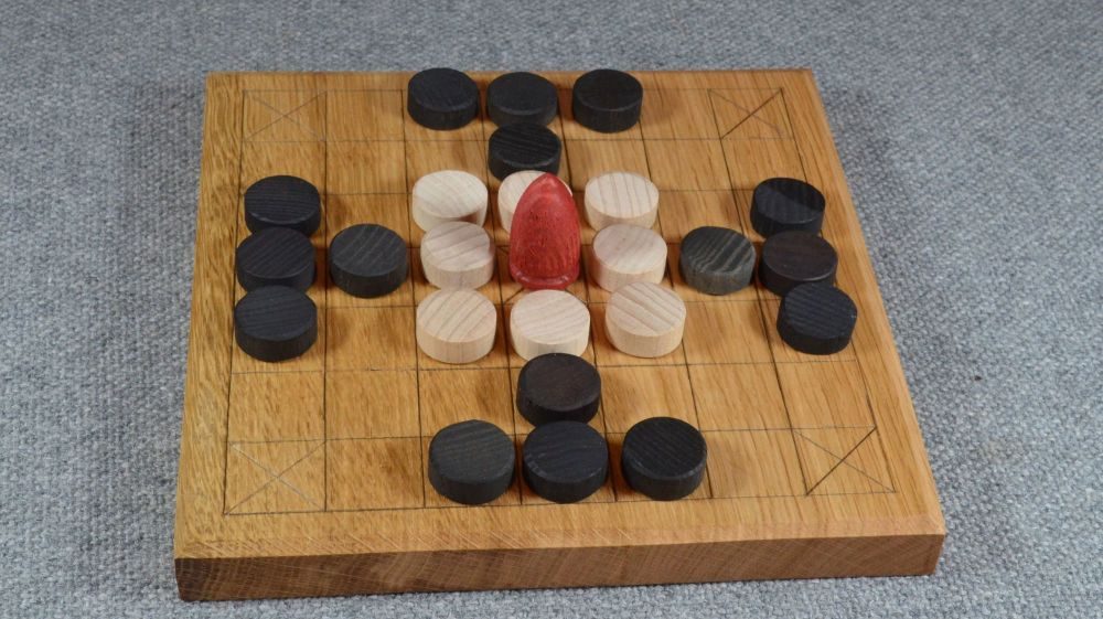 Oak tafl board of 7 x 7 squares, with layout for Fitchneal