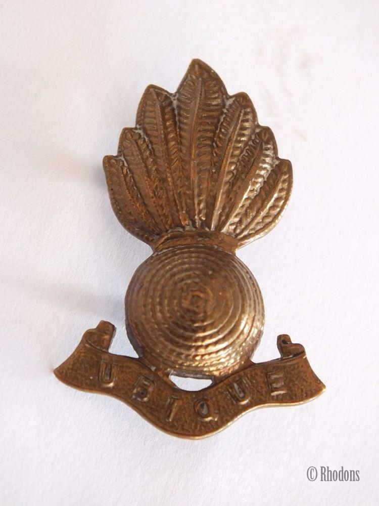 Royal Artillery Ubique Collar Badge