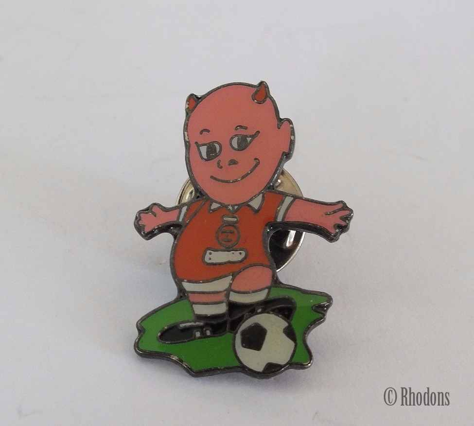 Red Devil Football Supporters Club Lapel Pin Back Badge