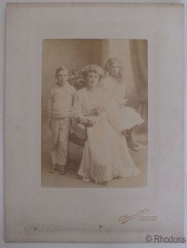 Edwardian Portrait Photo Of Lady With Two Children. Photographer: Howard & Son, Andover