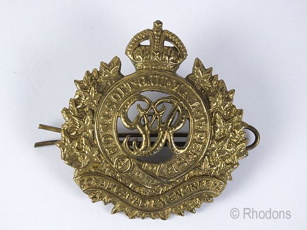 WWII KGVI Royal Canadian Engineers Cap Badge
