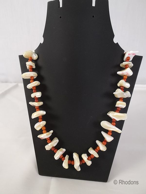 Mother of Pearl & Coral Bead Necklace