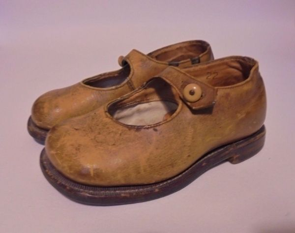 Childs Leather Mary Jane Shoes, Circa 1920s
