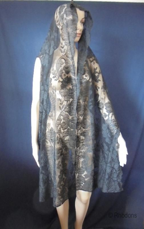 Victorian Black Blonde Lace Stole Shawl, Levers Mill, Hand Finished Black Blonde Lace