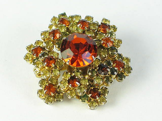 Vintage Amber Coloured Rhinestone Brooch