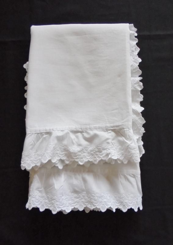 Victorian Edwardian Irish Linen Pillowcases, Pair, Shamrock Whitework Frill