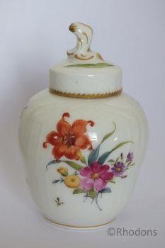 Royal Copenhagen Ginger Jar 'Saxon Flower' Pattern. Late 19th Century, Circa 1880s