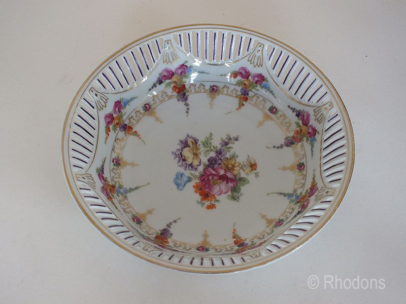 Schumann Bavaria Porcelain Fruit Bowl, Dresden Flowers Pattern. Early 1900s