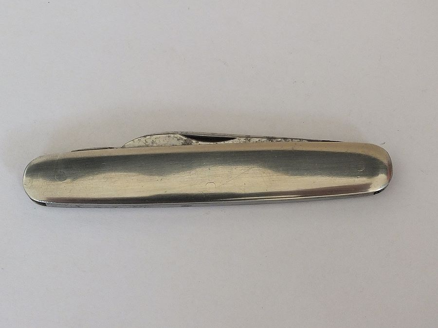 Vintage Folding Penknife By R Groves Sheffield, England