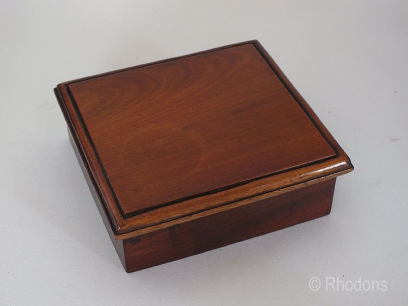 Mahogany Box With Hinged Lid