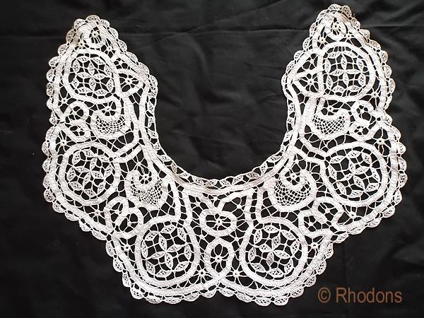 Mixed Lace Bertha Collar, Two Toned