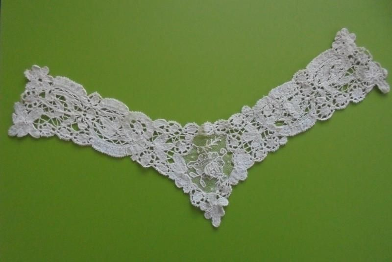 Antique Ladies Brussels Mixed Lace Collar. 19th Century