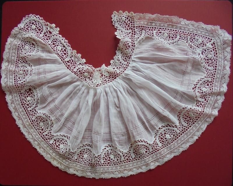 Antique Handmade Lace Jabot