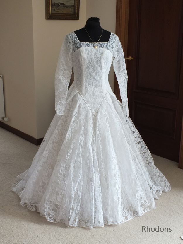 White Lace Wedding Dress, 1950/60s