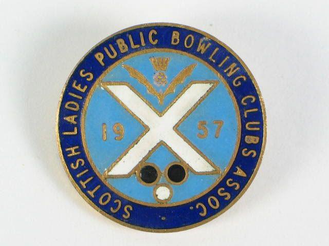 Scottish Ladies Public Bowling Clubs Association 1957 Enamel Badge