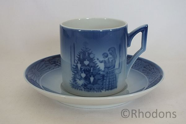 Royal Copenhagen Cup & Saucer, Admiring the Christmas Tree