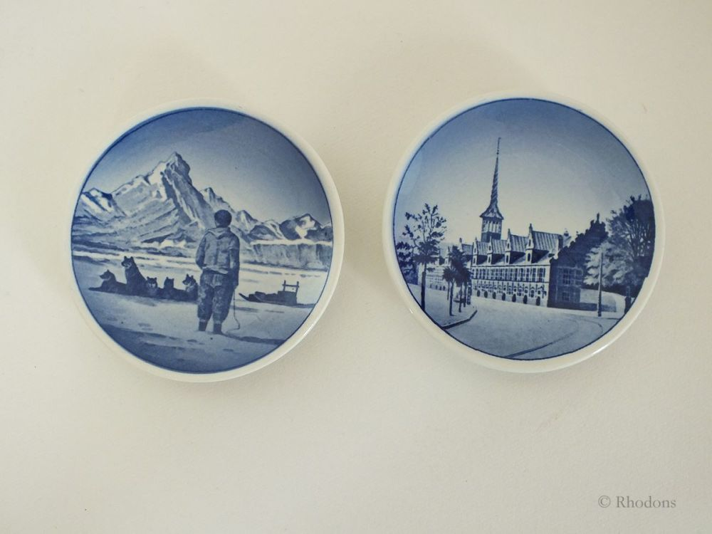 Miniature Danish Souvenir Wall Plates, Aluminia Faience, Royal Copenhagen Dated 1955, Set of 2