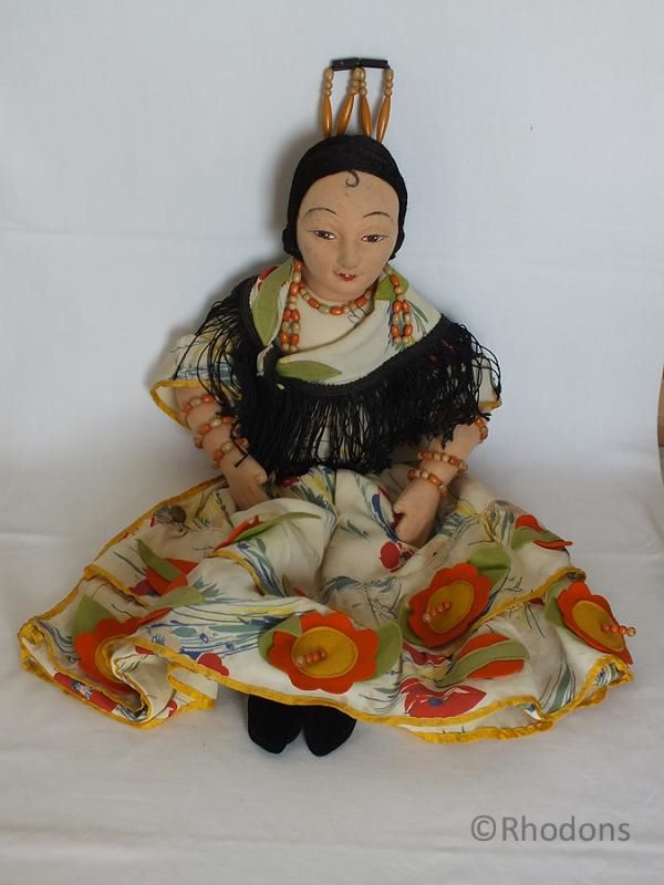 Norah Wellings Spanish Doll Nightdress Case, Circa 1930s