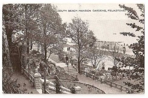 England: Suffolk. Felixstowe, South Beach Mansion Gardens - 1920/30s Postcard