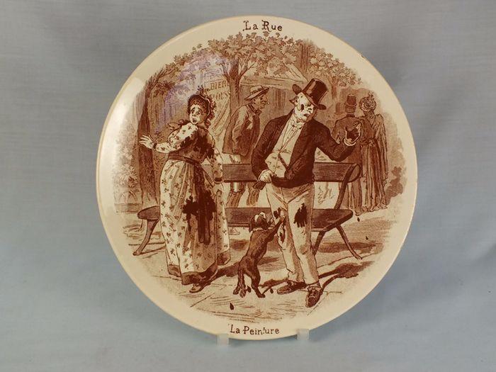 Antique Sarreguemines Humorous Wall Plate, La Rue La Peinture, Circa 1875/1900