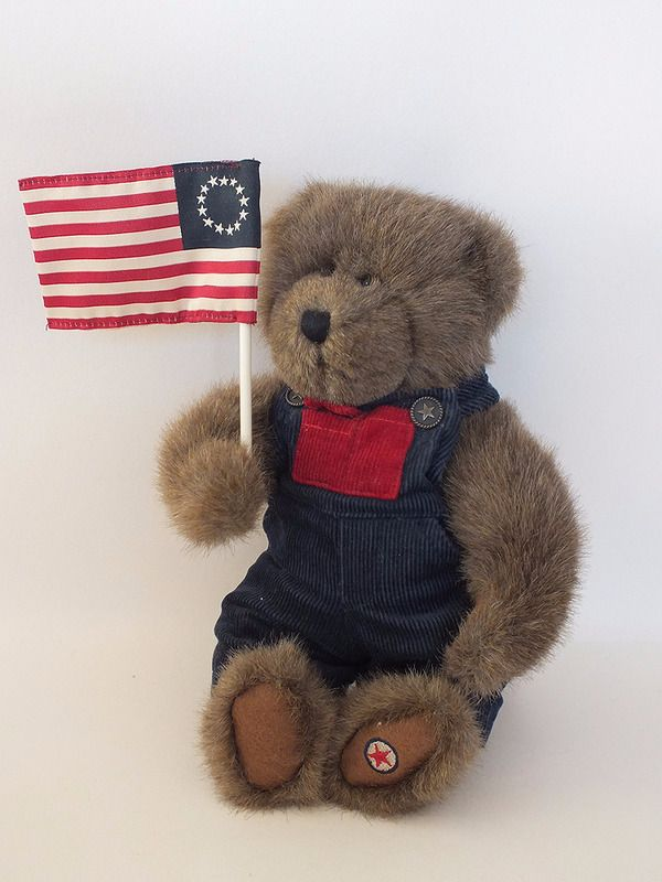 Boyds Bears 'Ike Glorybear' Patriotic Plush Fabric Bear With American Flag - Collectors Bear