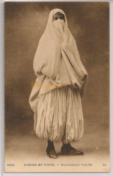 Algeria: Algerian Woman In Costume, Scénes et Types - Mauresque Voilée. Early 1900s
