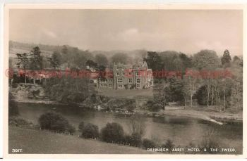 Scotland: Borders, Roxburghshire, Dryburgh Abbey Hotel & Tweed. RP Postcard