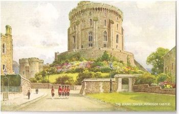 Berkshire: The Round Tower Windsor Castle. Valentines Postcard # A1397