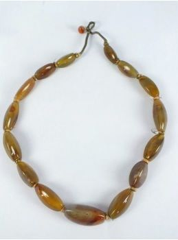 Graduated Agate Bead Necklace.