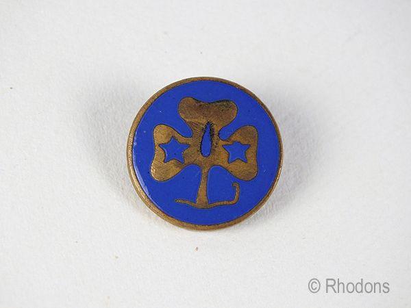 Vintage Girl Guides Enamel Badge