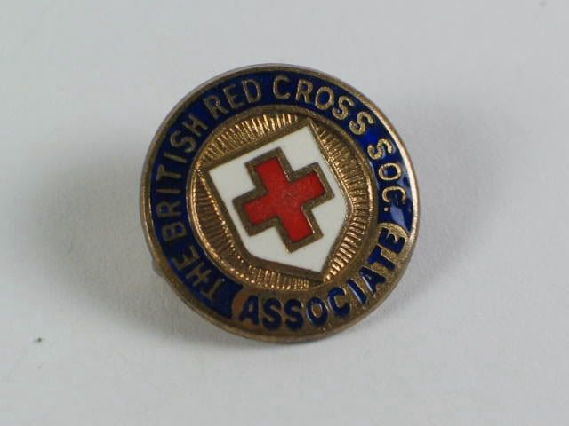 British Red Cross Society Associate Badge, Brooch