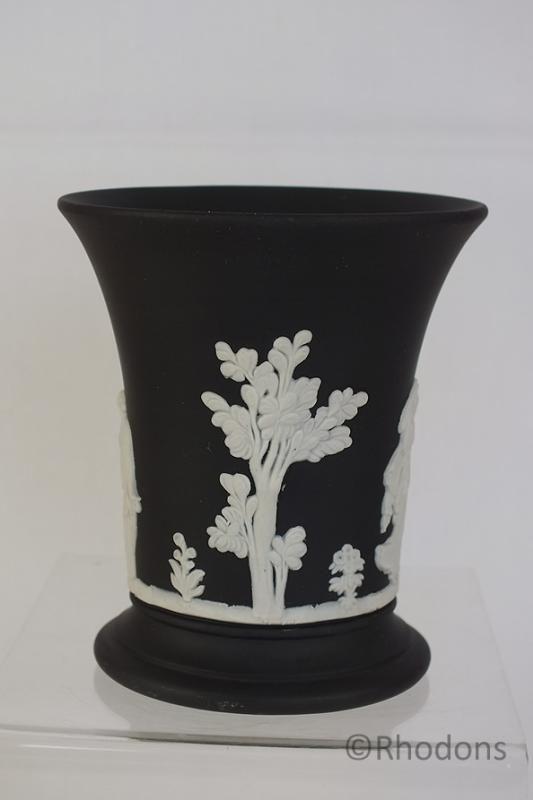 "Wedgwood Basalt Black Jasperware Vase 3.75"""