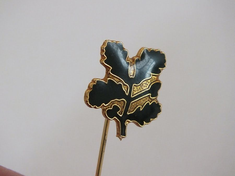 National Trust Member Enamel Lapel Stick Pin Badge