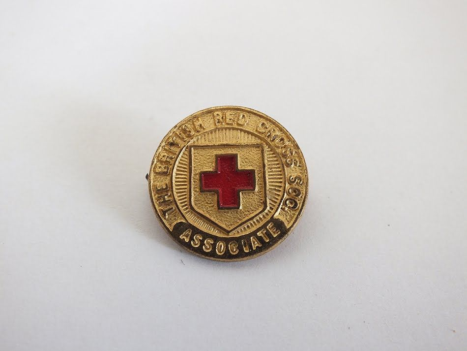 British Red Cross Society Associate Gilt Enamel Lapel Pin Badge