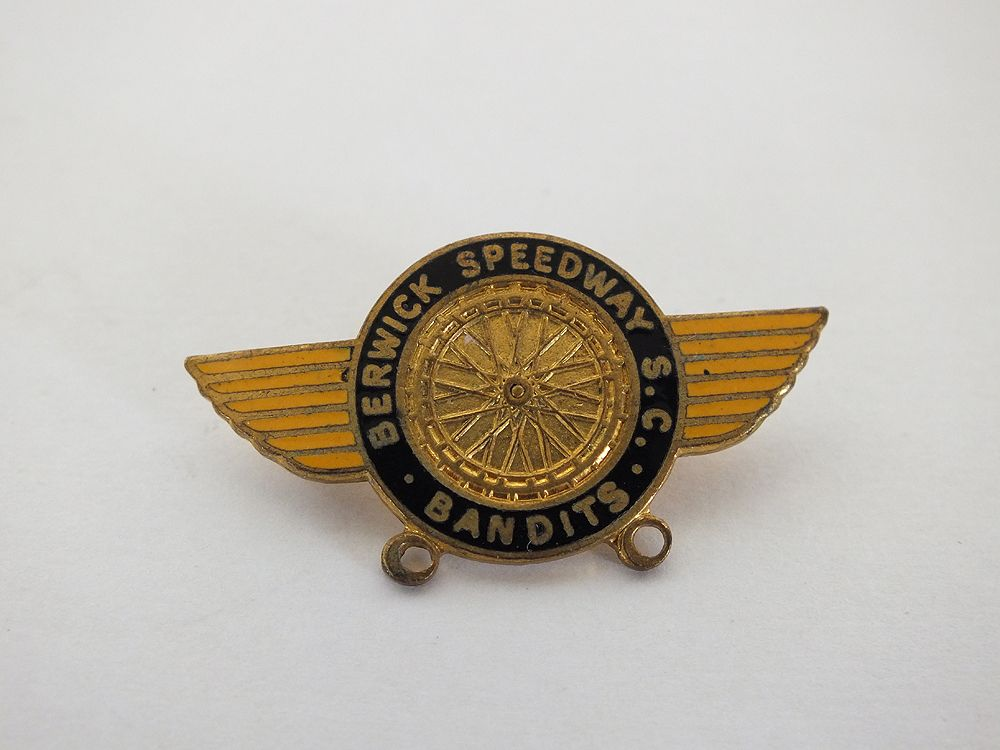 Berwick Speedway Bandits Supporters Club Pin Badge