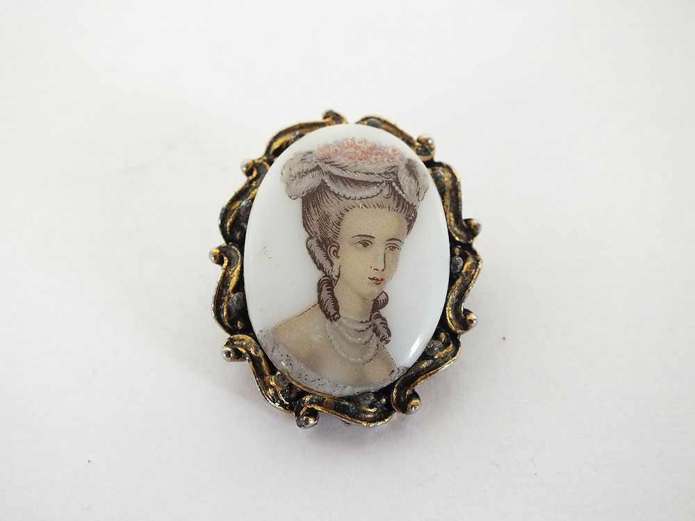 Porcelain Lady Portrait Pin Brooch, Vintage