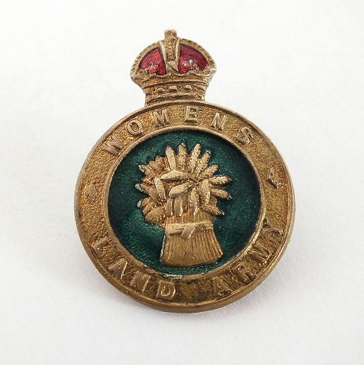 WW2 Womens Land Army Badge