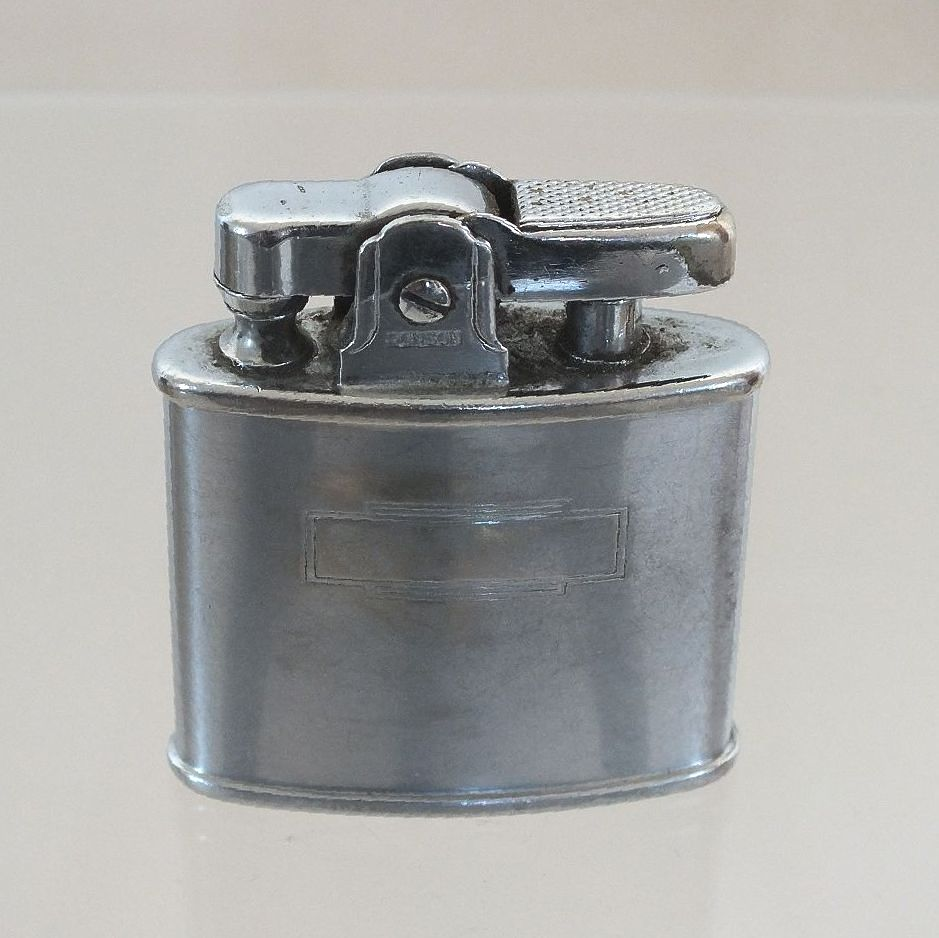 Vintage Ronson Standard Pocket Cigarette Lighter Circa 1940s, 1950s