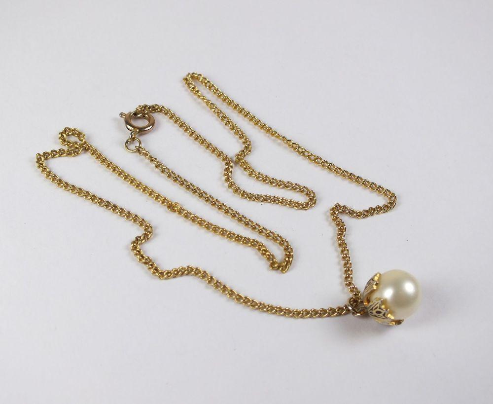 Goldtone Damascene Pearl Pendant Necklace