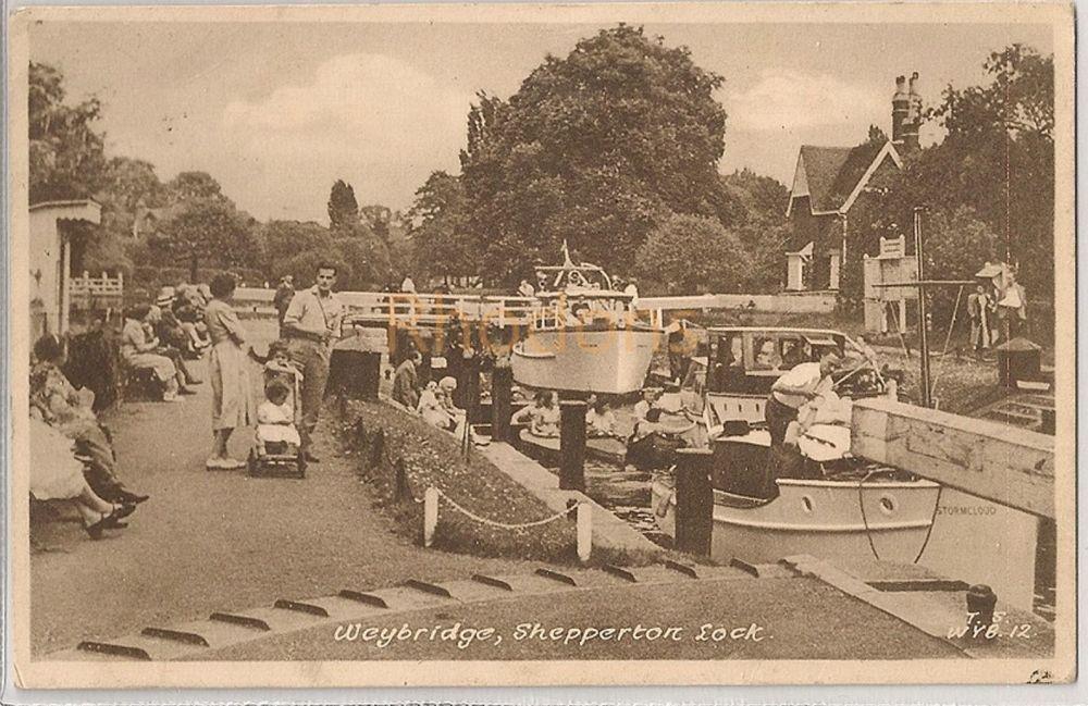 England: Surrey. Weybridge. Shepperton Lock. 1950s Frith Postcard