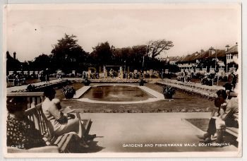 England: Dorset. Gardens and Fishermans Walk, Southbourne. 1940s Real Photo Postcard | Recipient Family Name: Robinson