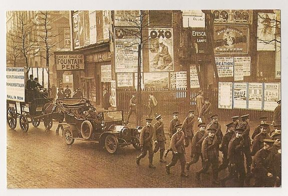 The Great War: London 1915. Nostalgia Reproduction Postcard